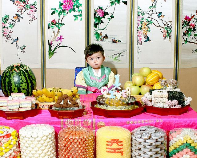 Фото ребенка в корее 8